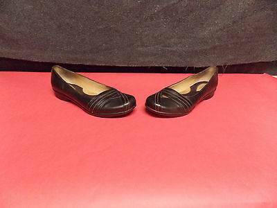 Clarks Women's Artisan Black Leather Slip On Casual Ballet Flats Size 7.5M Shoes