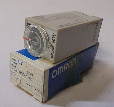 Omron, Timer Relay, H3Y-4, 30 Seconds, 200 Vac Source, 14 Blade