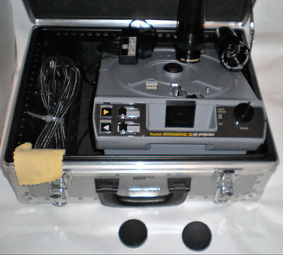 Kodak Ektagraphic III AMT Projector with Remote RIMOWA TRAVEL CASE +2 Lens D.O.