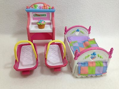 Fisher Price Loving Family Baby Accesories Pink Car Seat Carrier Flower Pot Bed