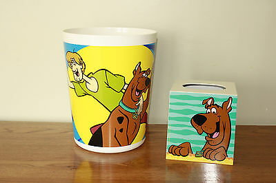 Scooby-Doo 1999 Hanna-Barbera set of waste can, tissue holder and bathroom mat