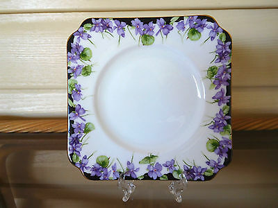 "Royal Doulton ""Violets"" Side Plate H3747 Made In England 1930s"