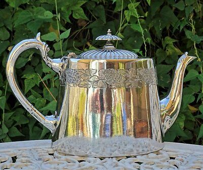 Antique *SILVER PLATE TEAPOT* made in ENGLAND - Brittania Plate 101239 - Stamped