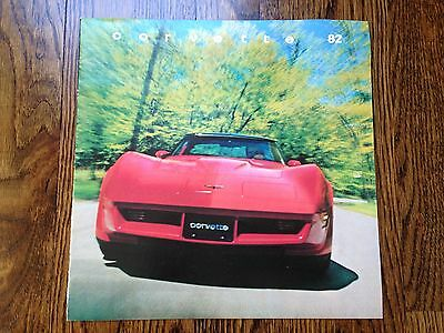 1982 Chevrolet Corvette Sales Brochure Original