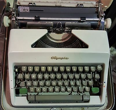 Vintage Olympia Typewriter With Carry Case