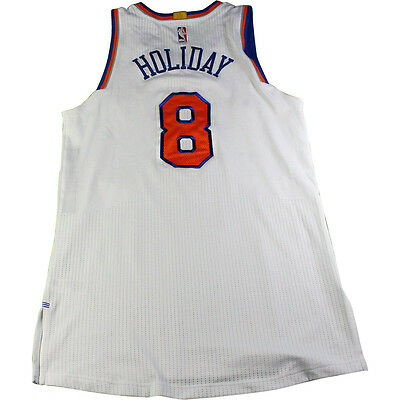 JUSTIN HOLIDAY NEW York Knicks Game Used  8 Blue Jersey (12 15 2016 ... 47bc3cf6a