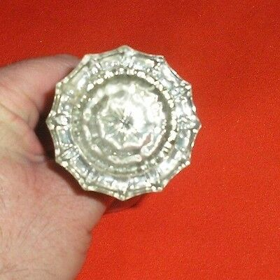 Pre-Owned Vintage Antique 12 Point Glass Door Knob With Rod