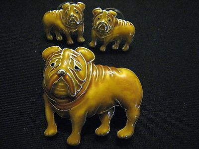 Vintage matching set Bull Dogs