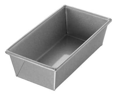 Single Bread Pan, Chicago Metallic, 40425