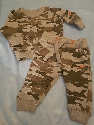 matalan camoflauge 3-6 months joggers and jumper baby boys set