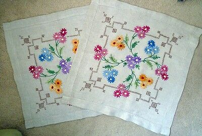 Vintage Linen Embroidered Cushion Covers: Stunning Daisies: Silk Thread.