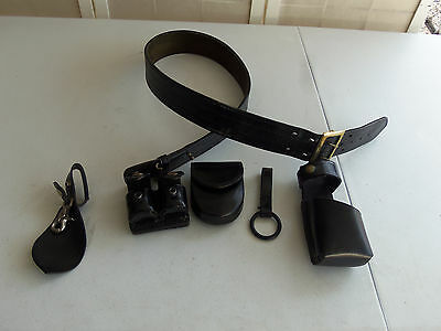 Safariland Police/Security Black Duty Belt with Accessories, Size 40
