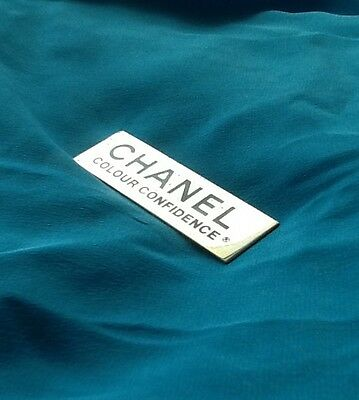 """Chanel Pin Vintage Advertising """"Colour Confidence"""" Employee Pin-Goldtone Metal"""