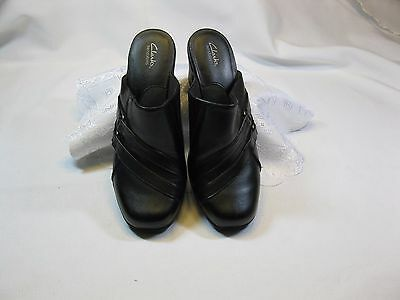 Clarks  Bendables Black Leather Slip on Shoes  Size US 7.5 New