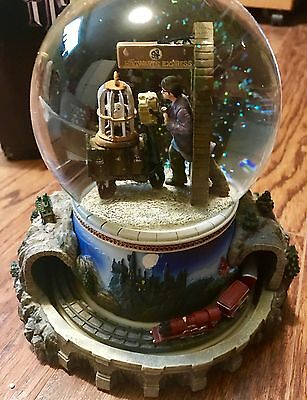 Harry Potter water globe, hogwarts express rare and new in box