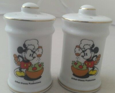VINTAGE 1980's WALT DISNEY MICKEY MOUSE Salt and Pepper Pots Shakers