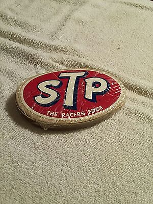 ORIGINAL 60s STP THE RACER'S EDGE - SEALED PACK OF STICKERS! 50 pcs?
