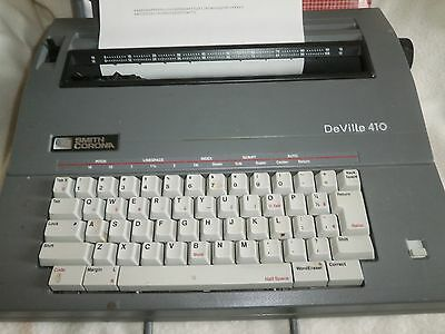Smith Corona DeVille 410 electric typewriter with case in Very Good CONDITION