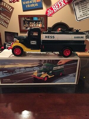 1980 hess toy gasoline truck bank
