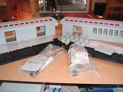"""Bachmann G scale """"Big Hauler"""" coach kits 2 off for kitbashing unused condition"""