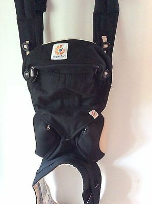 Ergobaby 360 4 Positions Baby Carrier With Dribble Bib In Box