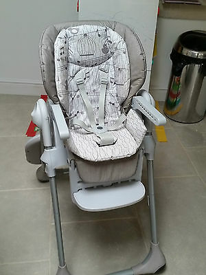 Chicco Polly Easy Highchair 2 in 1 & reclines.