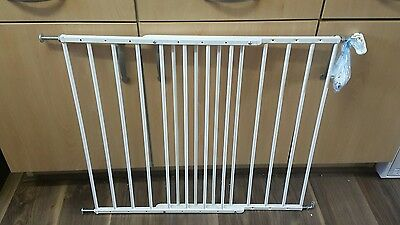 Extendable baby gate