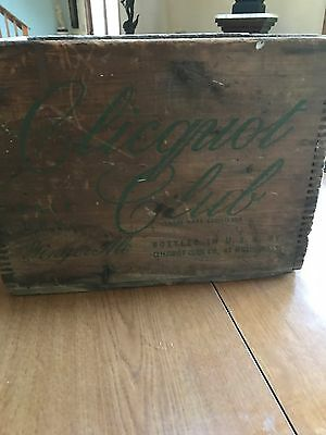 Antique  Wood Clicquot Club Ginger Ale Soda Bottle Box