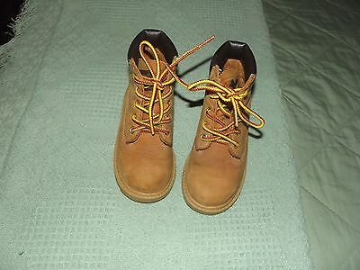 Timberland  boys work shoes youth size 9 light brown