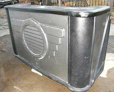 "Cambro 68"" Portable Manhattan Bar With Ice Sink & Casters - Bar650Ds Well Used"