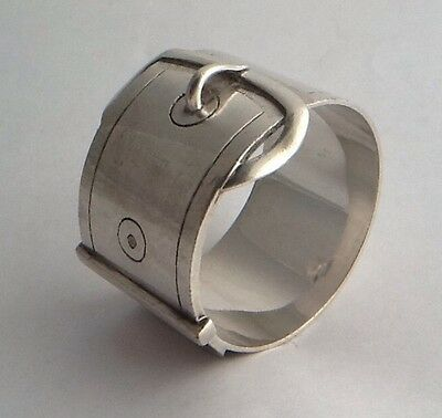 Quality Antique Silver Plated 'Belt & Buckle' Napkin Ring