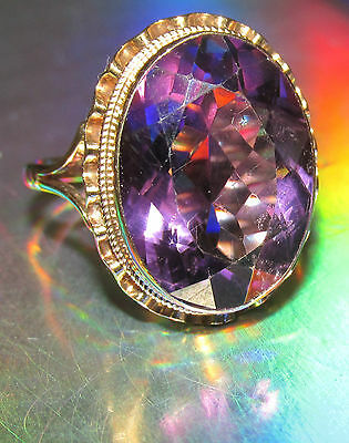 BEAUTIFUL SECONHAND 9ct YELLOW GOLD AMETHYST COCKTAIL RING SIZE R1/2