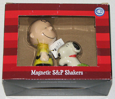 Westland Peanuts Snoopy Hugging Charlie Brown Magnetic Salt Pepper Shakers