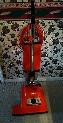 Hoover Conquest U7071 Commercial Upright Vacuum Cleaner