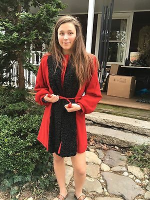 Vintage 1940's Red Black Car Coat with Lambswool Fur Trimmed Size Small
