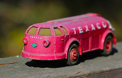 """Vintage 1950's TEXACO GAS OIL TANKER Cab Over TRUCK TOY Moline Pressed Steel 8"""""""