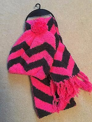 NWT Girls Pink Black Hat Jumping Beans Scarf Combo Set S M/L