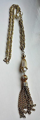 VINTAGE 1960s 1970s GOLD-TONE CHAIN LINK FAUX PEARL TASSEL PENDANT NECKLACE