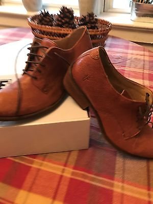 Women's Designer Chic New Oxford Shoes in size 9B