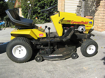 Greenfield Fastcut 34 Briggs & Stratton 16.5HP Rideon Mower with Trailer
