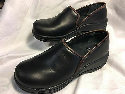 Dansko Black Leather Slip On Work Shoes Non Slip Soles Great Condition Sz 39