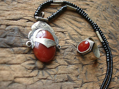 Agate  Niger Tuareg ebony ring + necklace pendant + agate bead jewellery set UKY
