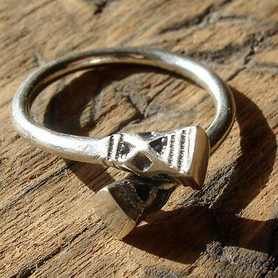 Niger Tuareg size hand engraved ring with square bases UKR