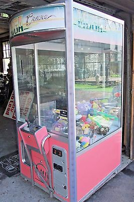 ELAUT MEGA CRANE ARCADE MACHINE, Claw Game, WORKING Retail/Store/Bar Money  Maker