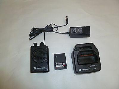 Motorola Minitor V 45-48.9 MHz Low Band STORED VOICE Fire EMS Pager w Charger