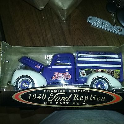 Golden Wheel 1940 Ford Replica Pepsi Delivery Pickup die cast