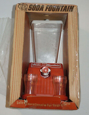 VINTAGE 1950s-60s ANDY GARD SODA FOUNTAIN UNUSED IN BOX! WITH CUPS! PLASTIC TOY!