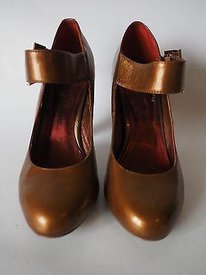 """Zoe Wittner"" Size 7 - Gorgeous Ladies Leather Heels - Great!  Bargain Price!"