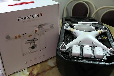 Dji phantom 3 professional + 2 extra battery's + Hard case + 16Gb SD card