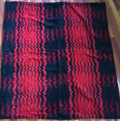 Vintage Victorian Edwardian 19th C / 1910s Red Black Zigzag Mohair Sleigh Blanke